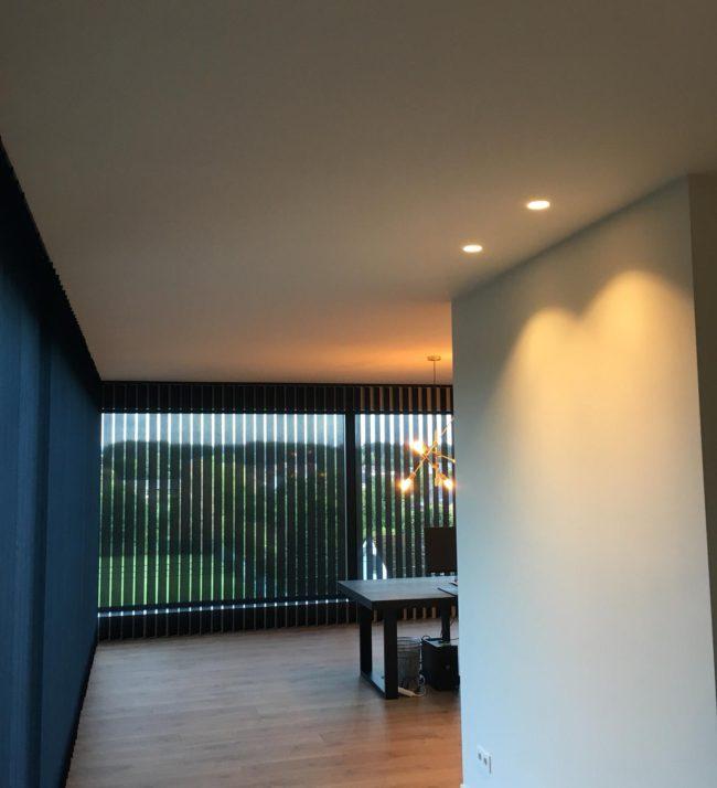 SB'art: Schilderwerk in een woonruimte